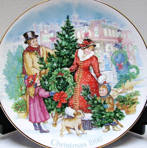 1990 Christmas Plate - Avon Collectible - Bringing Home Christmas