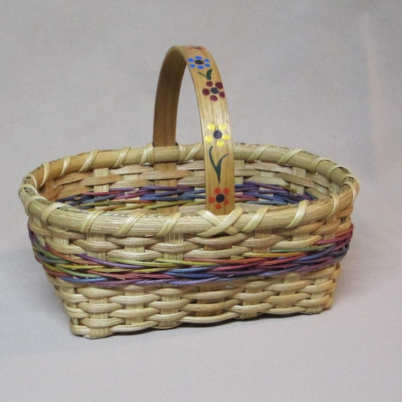 Small Williamsburg Market Basket, Hand Woven with Decorative Arrow Weave, Painted Flowers on Handle