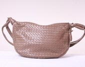Vintage Slouch Purse 80s Indie Boho Tan Woven Bag with Strap - Vegan Leather