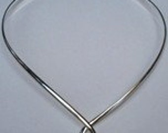 Center Loop Necklace
