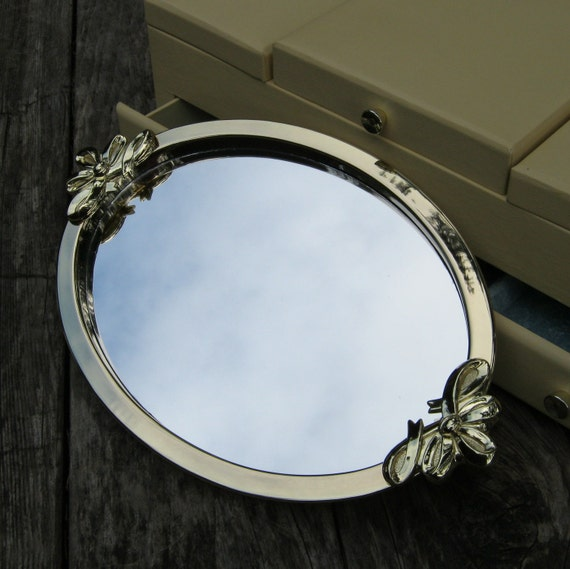 Oval vanity mirror tray with fancy bow handles for Fancy oval mirror