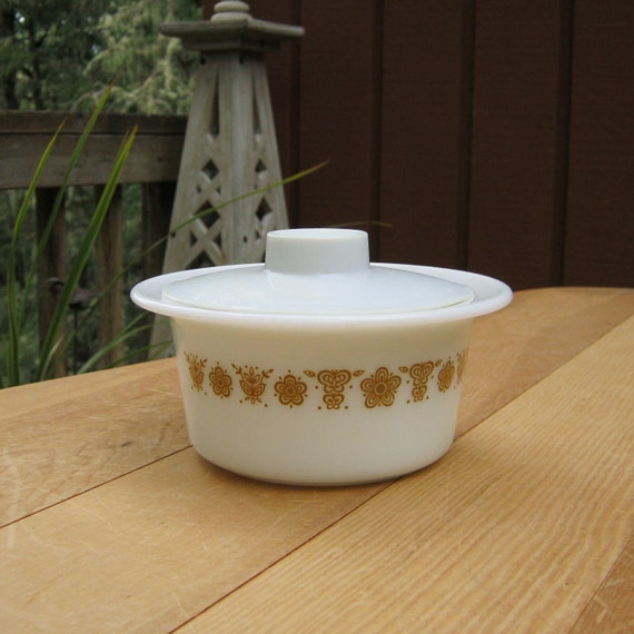 Pyrex Butterfly Gold Butter Tub With Lid