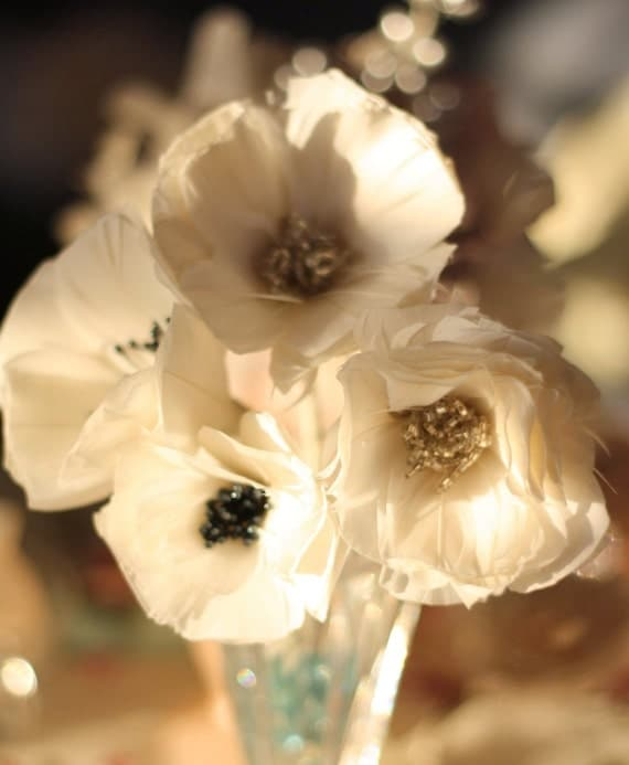 Feather Flower Tutorial, Feather Poppies, DIY Home Decor