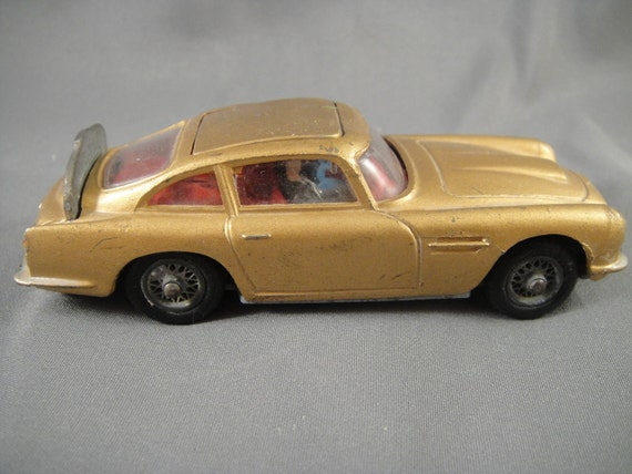 Corgi DB5 Aston Martin James Bond Car