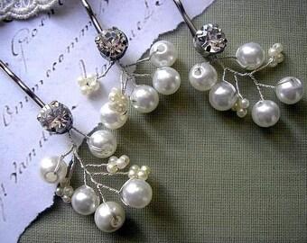 Bridal hair pins Bobby Pin WEDDING HAIR ACCESSORIES Rhinestone pearl