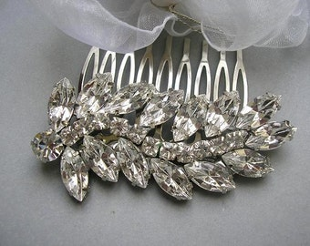 Vintage style  BRIDAL hair comb, bridal hair accessories, wedding HAIR ACCESSORIES , sparkle Rhinestones, wedding jewelry,