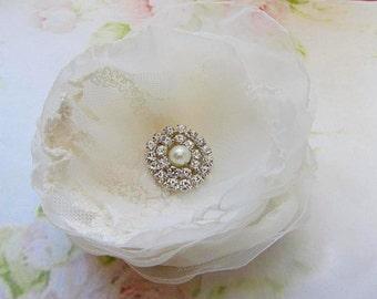 Ivory Flower  headpiece, bridal Flower Hair comb,  Ivory Flower  hair accessories, Rhinestones, bridal hair comb