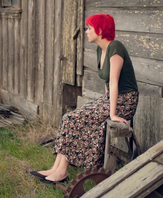 90s Medium Vintage Floral Maxi Skirt by At Last Studio