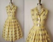 50's Shirtwaist Dress // Vintage 1950's Floral Print Cotton Garden Party Shirtwaist Dress XS