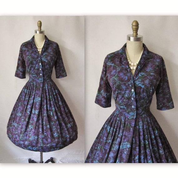50's Cocktail Dress // Vintage 1950's Purple Floral Print Full Cocktail Party Dress S