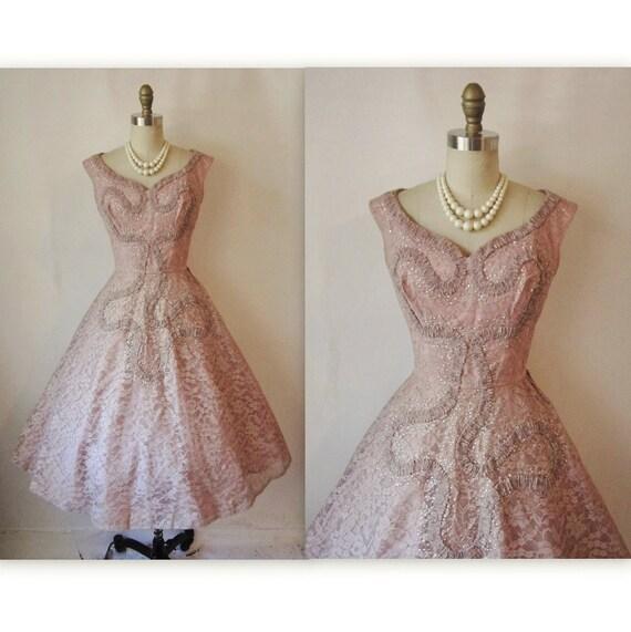 50's Cocktail Dress // Vintage 1950's Elegant Lace Cocktail Party Wedding Prom Dress XS S