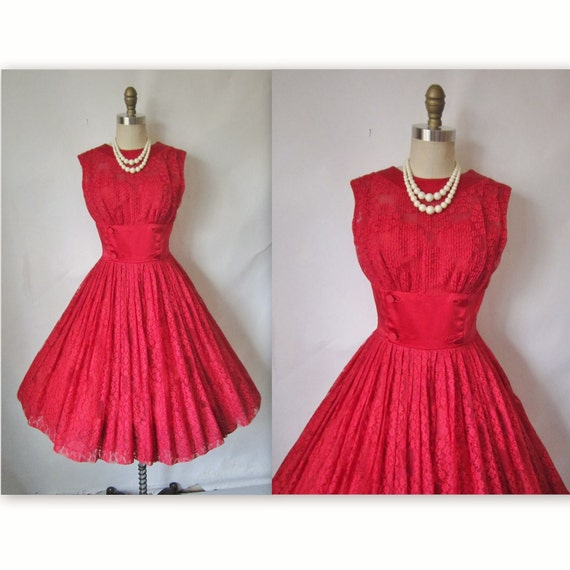 50's Red Lace Dress // Vintage 1950's Red Lace Illusion Cocktail Party Prom Wedding Dress S
