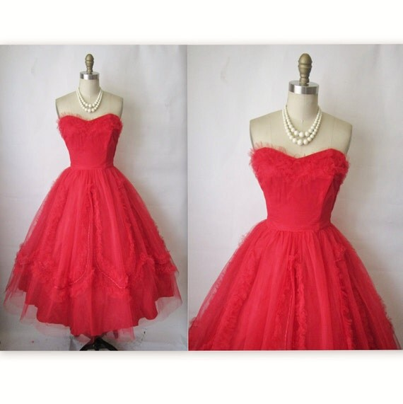 50's Prom Dress //  Vintage 1950's Strapless Red Tulle Wedding Party Prom Dress XS