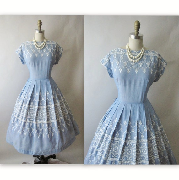 50's Embroidered Dress // Vintage 1950's Embroidered Chambray Blue Garden Party Dress L