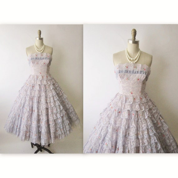 50's Prom Dress // Vintage 1950's Strapless Floral Lace Wedding Party Prom Gown XS