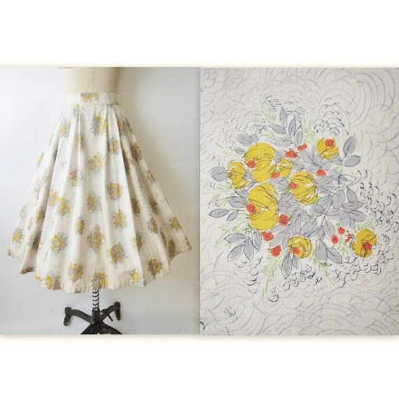 50's Floral Skirt // Vintage 1950's Floral Print Cotton Full Pleated Summer Skirt XS