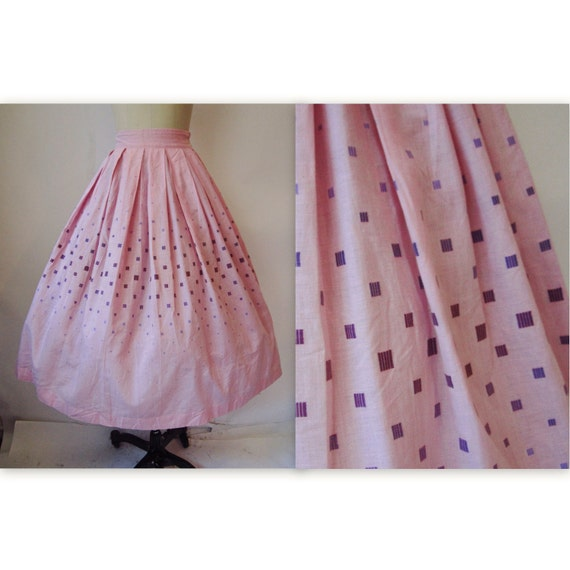 50's Circle Skirt //  Vintage 1950's Orchid Squares Cotton Full Garden Party Skirt XS
