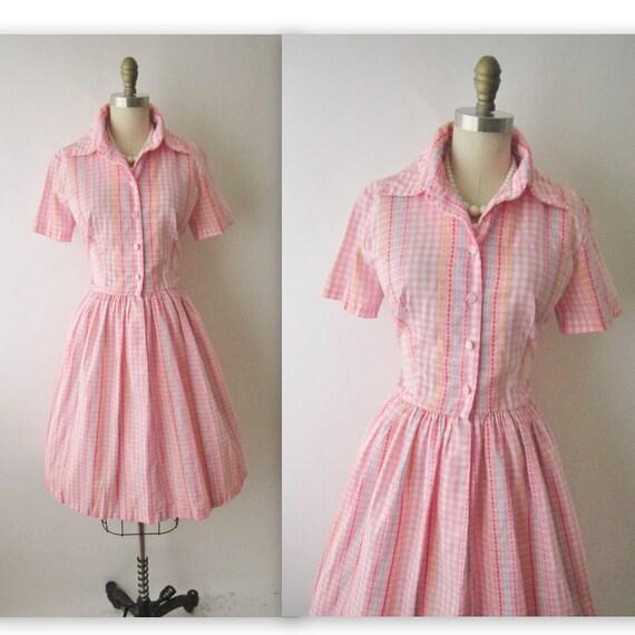 50's Shirtwaist Dress // Vintage 1950's Pink Embroidered Gingham Cotton Garden Party Picnic Dress M L