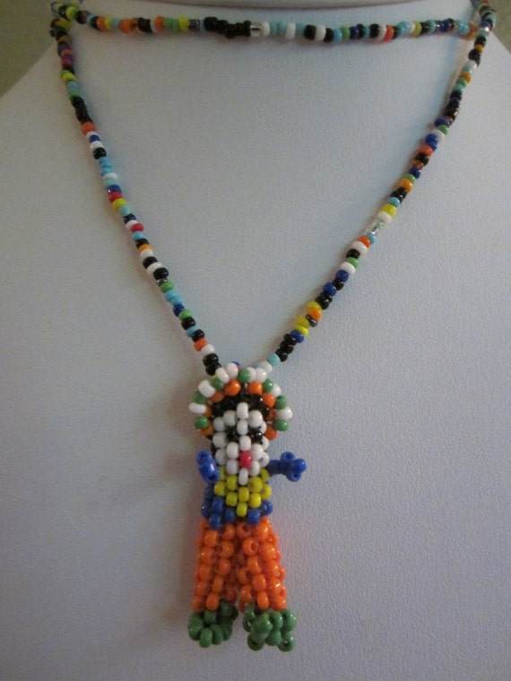 SALE PRICE Beaded Necklace Vintage American Indian Beaded Pendant Necklace