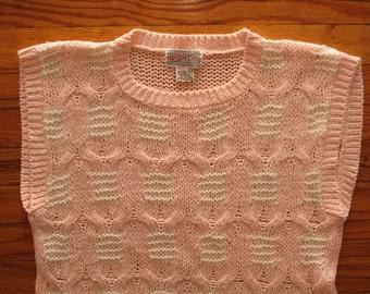 women's vintage sleeveless knit.