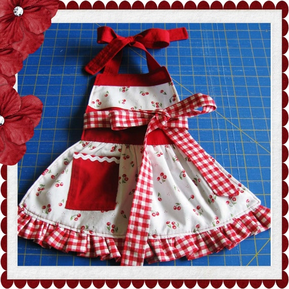Ruffle Bottom Toddler Apron children's sewing PDF Pattern Tutorial by Tenderfeet Stitches INSTANT DOWNLOAD