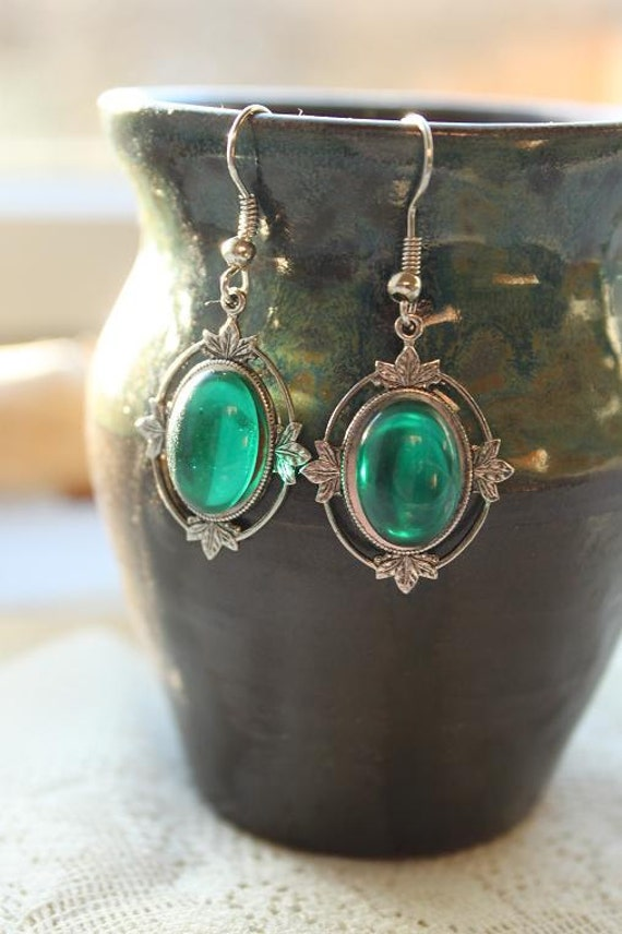 Lord Of The Rings - Victorian Oxidized brass (silver) and Emerald - Elvish Earrings
