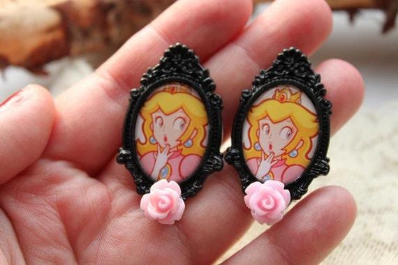 SALE - Super Mario Earrings - Princess Peach  - Studs