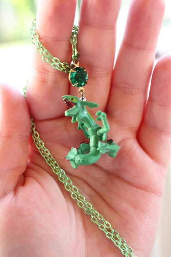 Pokémon - Legendary RAYQUAZA Toy Necklace - Nintendo nostalgia necklace