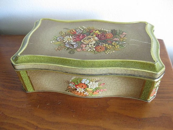 Shabby Gold Floral Sweets Tin