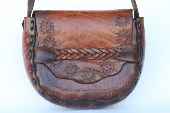 Beautiful 60s hand made hand tooled braided leather boho hippie shoulder bag. Very nice.