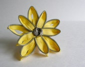 Zipper Flower Hair Piece- Sunshine