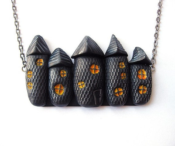 Spooky Houses Halloween Necklace