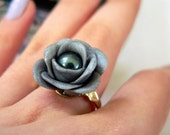 Tahitian pearl flower ring
