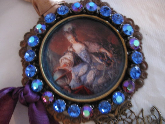 SALE The Lady needs Rococo Marie Antoinette Necklace Medallion Paris Chic French