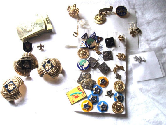 Nice lot of Vintage Girl Scout and Boy Scout Pins earrings