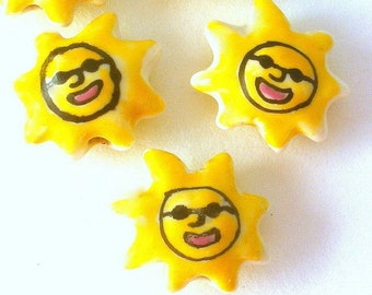 4 yellow sun beads, porcelain, with sunglasses