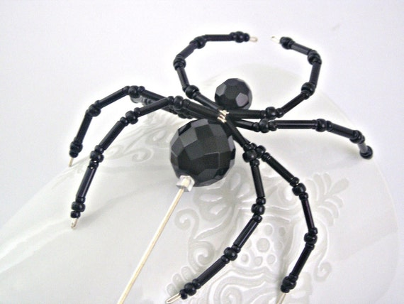 Black spider large pin brooch