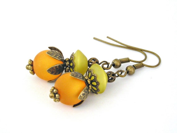 Tangerine and pistachio fruit vintage style earrings