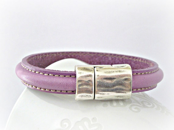 Reserved list for Kathy - Amethyst semiround double sewed leather bracelet with zamak magnetic clasp