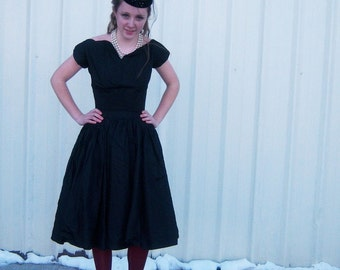 Rockabilly Gothic Lolita - Vintage Black Dress with Sweetheart Neckline and attached Crinoline
