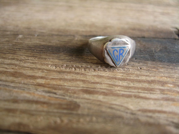 vintage sterling silver signant ring / 1950s / CLASS RING