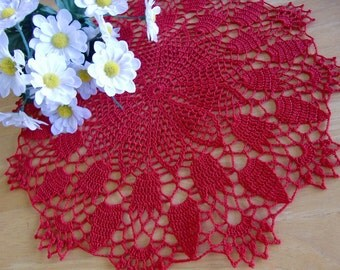 Round Doily with Tulips