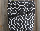 Cross Body Messenger Bag with zipper closure and lots of pockets - Black and White Pattern