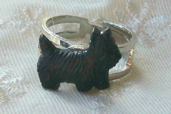 Black Scotty dog ring - SALE
