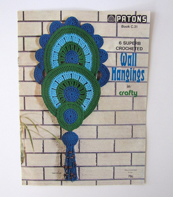 Vintage Patons Crocheted Wall Hanging Pattern Book