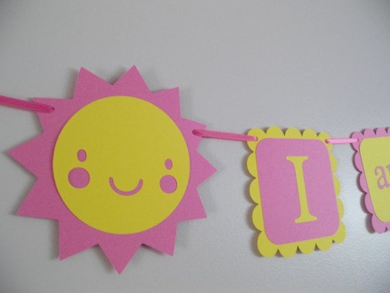 You are my sunshine birthday banner,  I AM 1 banner, photo prop, photography prop, GIRL birthday. first birthday. sun decorations, sunshine