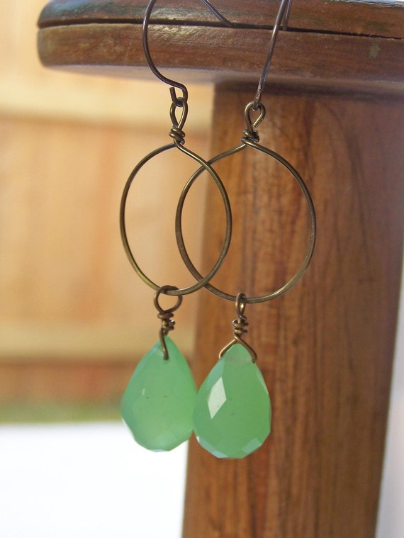 FREE SHIPPING Etsy, Etsy Jewelry, Hammered Hoops: Gunmetal Hoops with Green Apple Quartz, Beaded Earrings, Etsy Jewelry, Jewelry, Gift