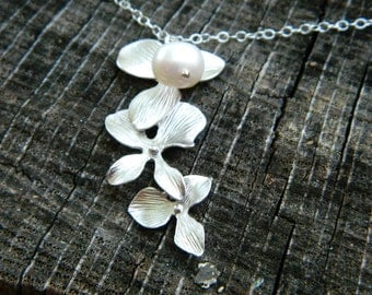 Silver Cascade Orchid Necklace, Orchid Pearl Necklace, Sister Jewelry, Bridesmaid Jewelry Gift, Maid of Honor, Mother Necklace, Gift for Her