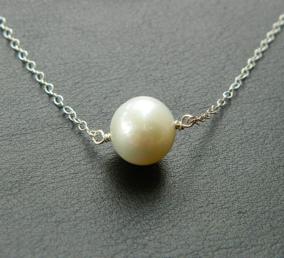 Bridesmaid Pearl Necklace, SILVER Bridesmaid Necklace,Minimal Jewelry, Wedding Party, Bridesmaid Jewelry, Flower girl Gift, Children jewelry