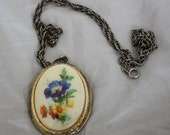 Floral Locket - For RWeiss28
